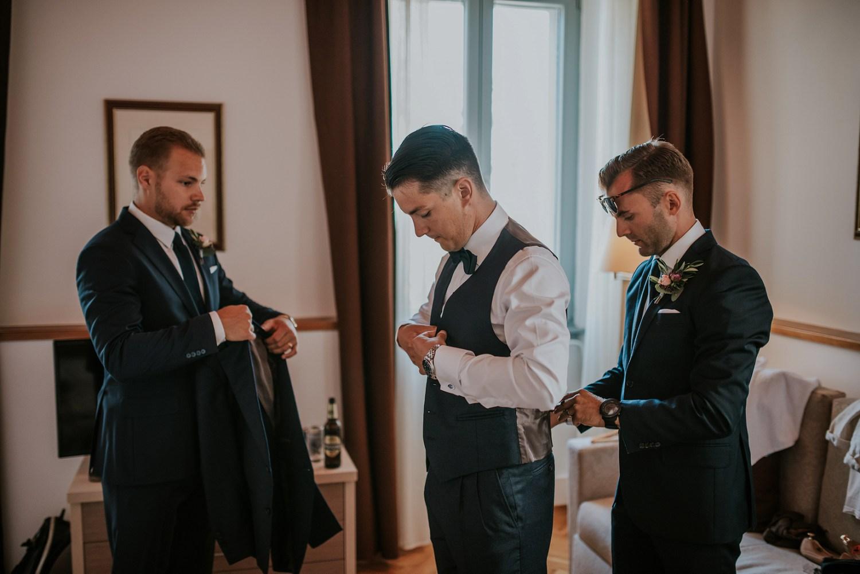 croatia-wedding-photographer-istria-motovun-kastel_0053.jpg