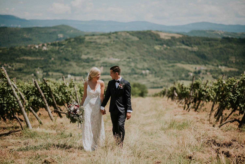 croatia-wedding-photographer-istria-motovun-kastel_0067.jpg
