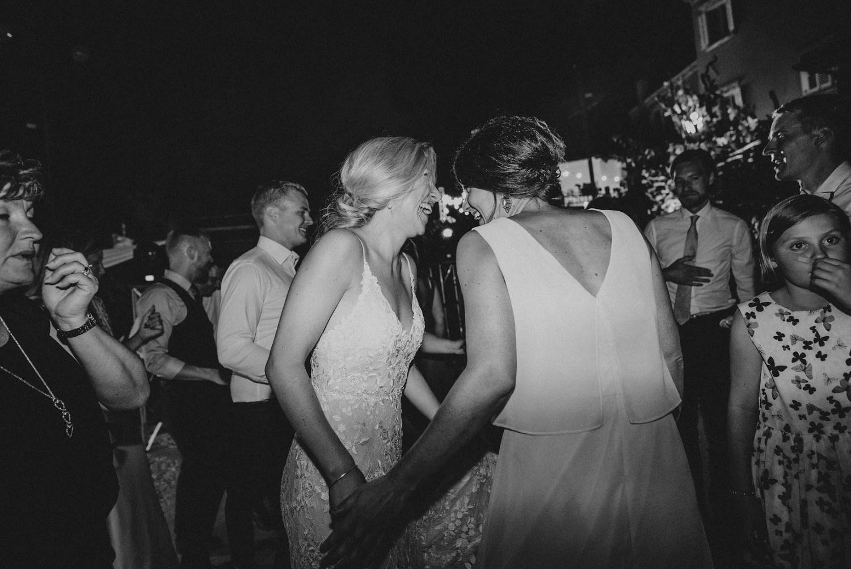 croatia-wedding-photographer-istria-motovun-kastel_0107.jpg