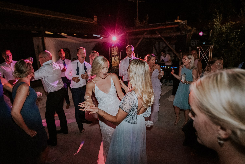 croatia-wedding-photographer-istria-motovun-kastel_0111.jpg