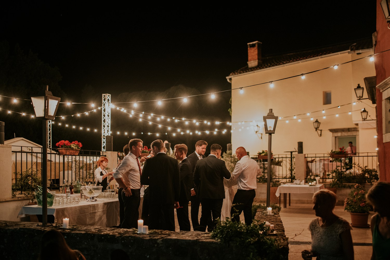 croatia-wedding-photographer-istria-motovun-kastel_0112.jpg