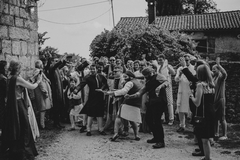 indian-destination-wedding-photographer-croatia-paladnjaki_0041.jpg