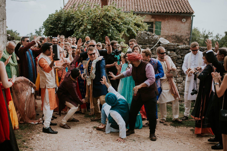 indian-destination-wedding-photographer-croatia-paladnjaki_0043.jpg