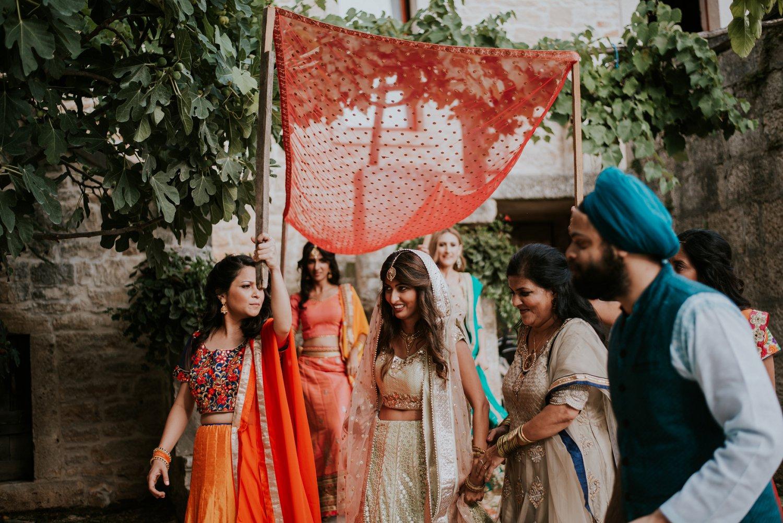 indian-destination-wedding-photographer-croatia-paladnjaki_0052.jpg