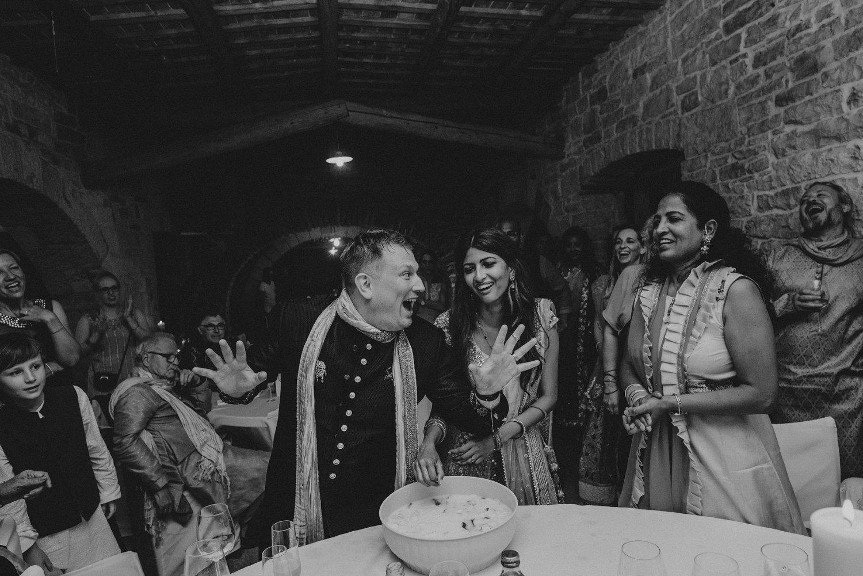 indian-destination-wedding-photographer-croatia-paladnjaki_0071.jpg