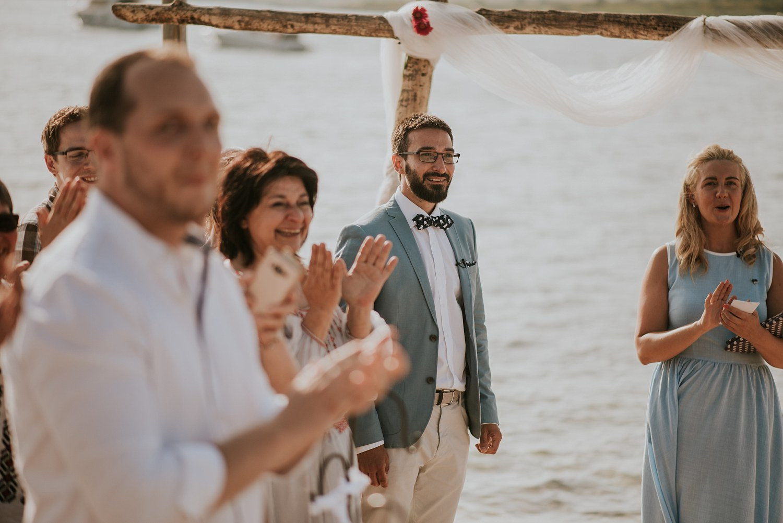 beach-destination-wedding-croatia-levan-island_0102.jpg